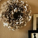 book wreath Living with Lindsay