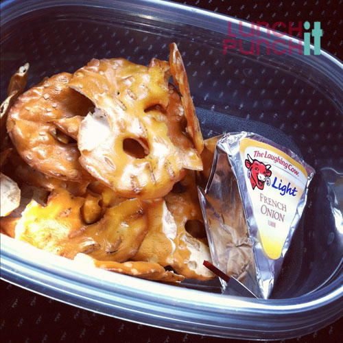 pretzels and cheese | LunchItPunchIT.com