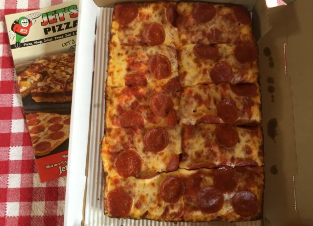 Jet's Pizza   Favorite Chain Pizza