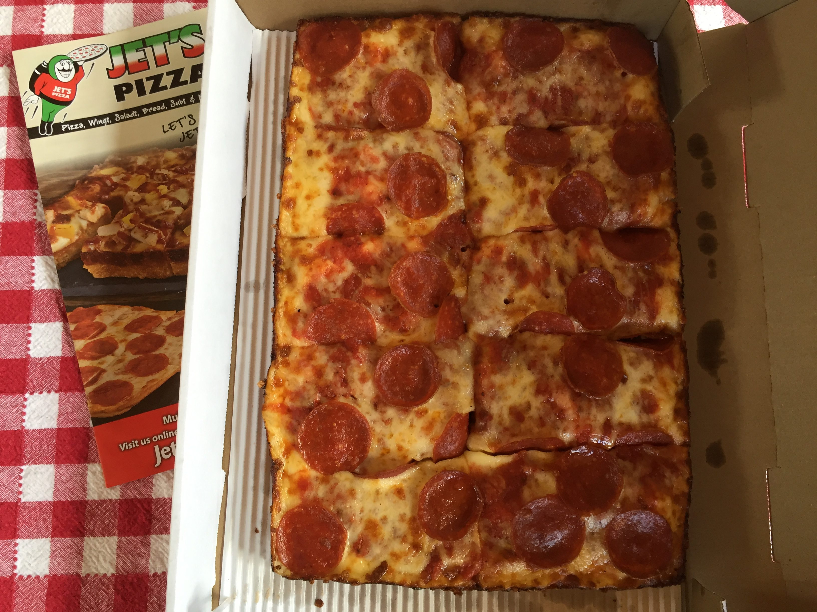 Jet's Pizza | Favorite Chain Pizza